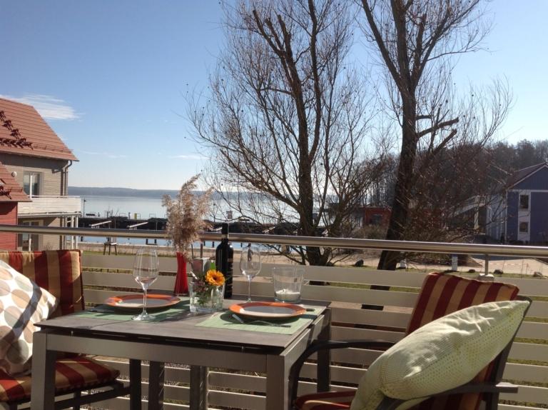 Blick auf den Plauer See vom Balkon im Obergeschoss
